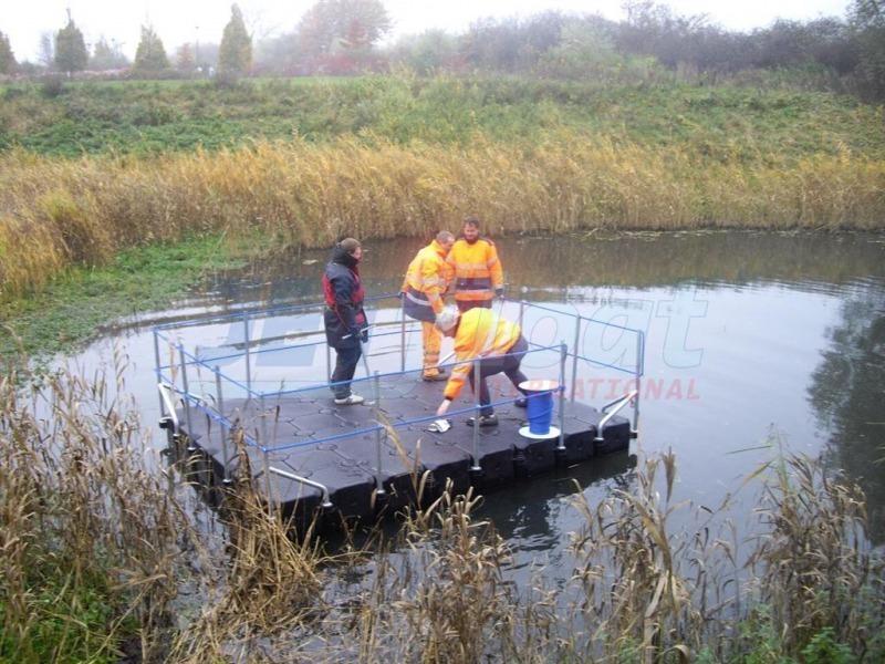 Schwimmende Arbeitsplattform mieten