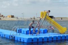ponton-badeinsel-mit-eckaufdopplung-1