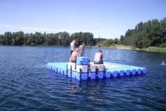 ponton-badeinsel-mit-eckaufdopplung-11