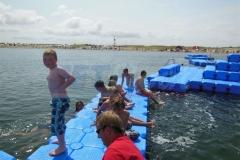 ponton-badeinsel-mit-eckaufdopplung-3