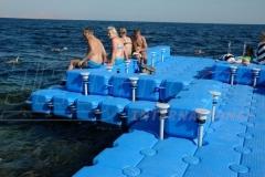 ponton-badeinsel-mit-eckaufdopplung-7