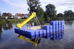 ponton-badeinsel-mit-rutsche-11