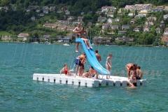 ponton-badeinsel-mit-rutsche-4