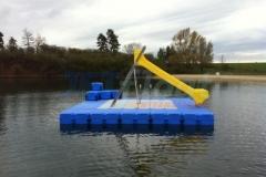 ponton-badeinsel-mit-rutsche-9