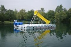 schwimmende-badeinsel-mit-eckaufdopplung-11