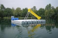 schwimmende-badeinsel-mit-eckaufdopplung-13