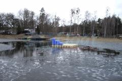 schwimmende-badeinsel-mit-eckaufdopplung-14