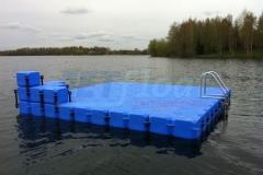 schwimmende-badeinsel-mit-eckaufdopplung-4