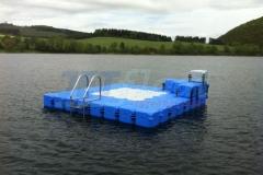 schwimmende-badeinsel-mit-eckaufdopplung-6