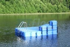 schwimminsel-mit-rutsche-12