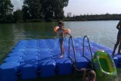 Schwimmende Badeinsel von Duwe & Partner