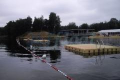 Badeplattform - Badeinsel ist allen Voraussetzungen gewachsen