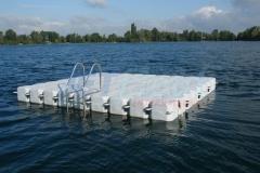 schwimmende Plattform ideal als Tauerplattform