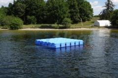 Schwimmende Badeplattform