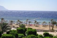 Schwimmkörper Steg ins Meer in Ägipten