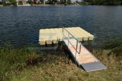 Private Steganlage bauen mit Zulaufbrücke, Geländer und natürlich JETfloat Ponton Schwimmkörpern