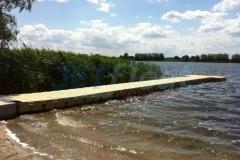 Badesteg kaufen und leichteren Einstieg ins Wasser ermöglichen wie hier in Lübeck (Deutschland)
