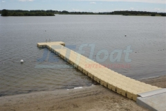 Kunststoff Schwimmsteg am Lanker See in Preetz (Deutschland)