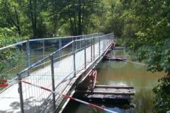 Ponton Behelfsbrücken schwimmend