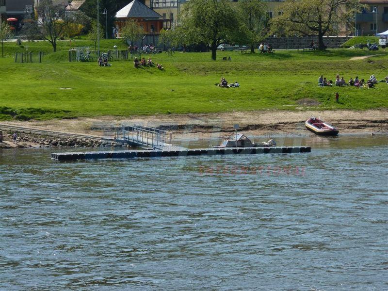 Ponton Schwimmsteg - Bootssteg kaufen bei Duwe