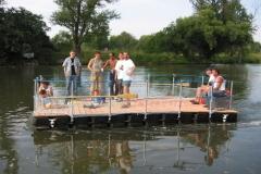 Schwimmkörper Floß mit Geländer