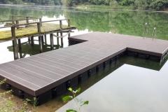 ponton-badesteg-schwimmsteg-bauen