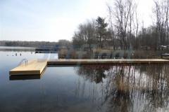 Ponton und Holz Bootsanleger