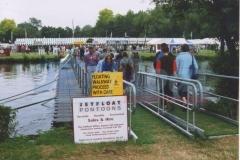 Schwimmbrücke Pontonbrücke mieten