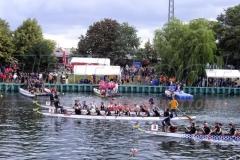 Bootssteg Mieten für Ruderboot Rennen