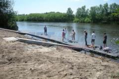 Ponton Schwimmkörper Kanuanlegestelle bauen