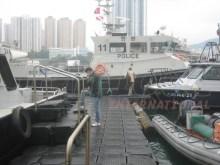 Bootsanlegestelle aus Pontons für Schiffe und Boote
