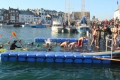 Schwimmausstieg-Triathlon