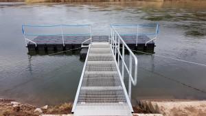Bootssteg an der Weser