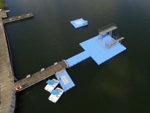 Schwimmplattform Sprungturm JETfloat Pontons