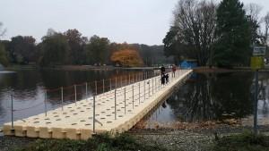 Schwimmende Behelfsbrücke aus JETfloat Pontons
