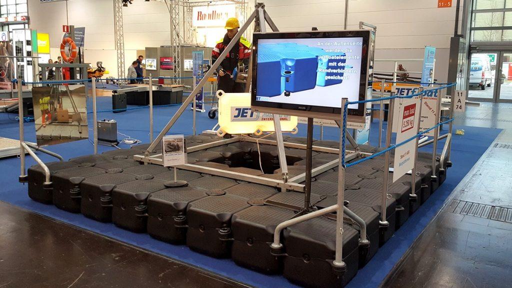 Schwimmende Arbeitsplattform aus Kunststoff Schwimmkörpern