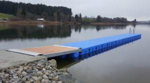 Badesteg Niedersonthofener See aus JETfloat Pontons von Duwe & Partner