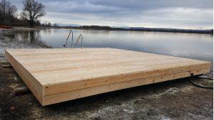 Ponton Schwimminsel mit Holz verkleidet am Ammersee