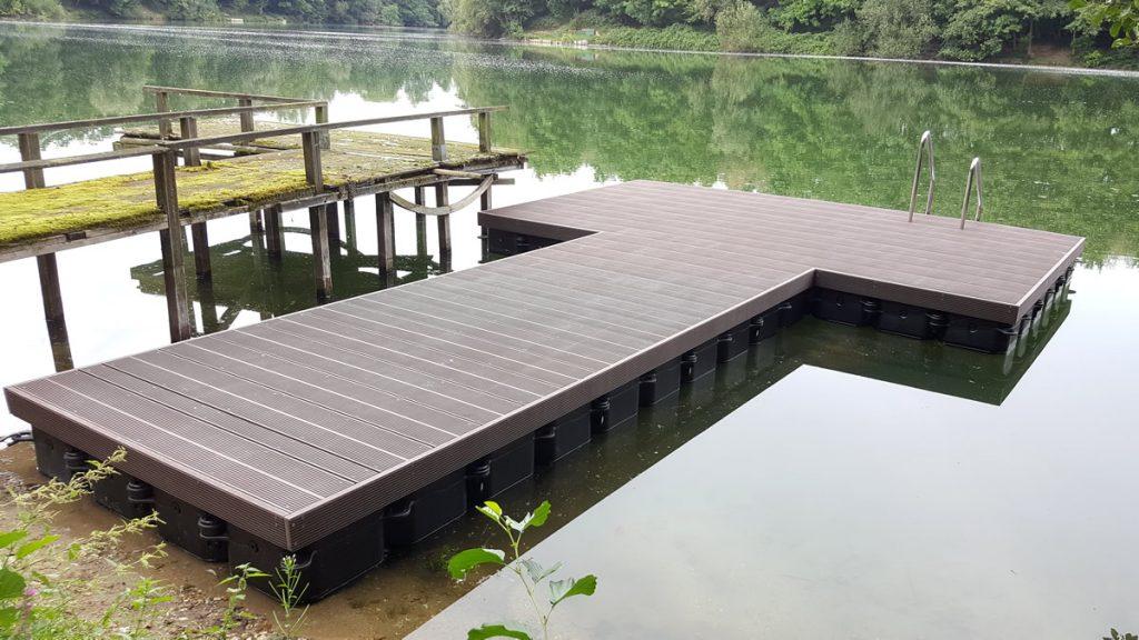 Ponton Badesteg bzw. Schwimmsteg bauen mit Duwe & Partner