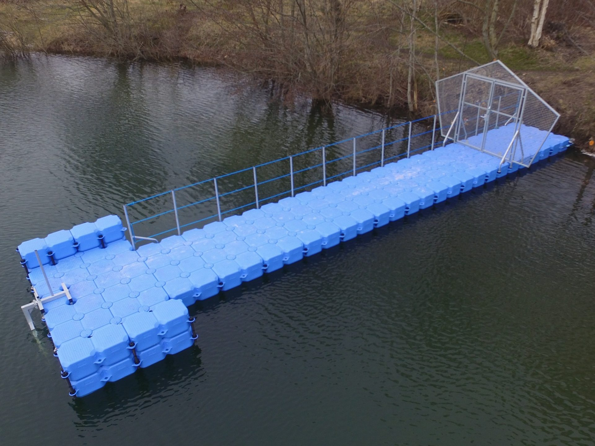 Taucher Ponton Steg Bauen Mit Kunststoff Schwimmkorpern