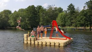 JETfloat Schwimminsel aus modularen Kunststoff Pontons in Ketzin