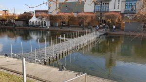 Rettungssteg aus Schwimmkörper Pontons mieten bei Duwe & Partner