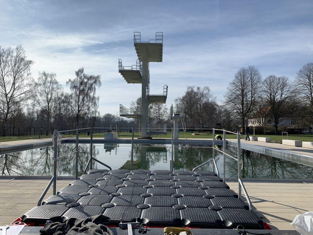Schwimmende Arbeitsplattform – Mietponton an die Städtische Werke AG