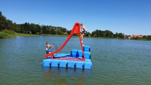 Schwimminsel aus Ponton Schwimmkörpern von Duwe & Partner