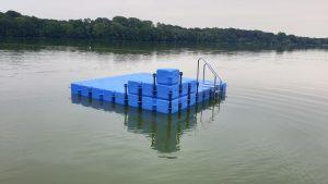 Ponton Schwimminsel Wittenborn mit Eckaufdopplung
