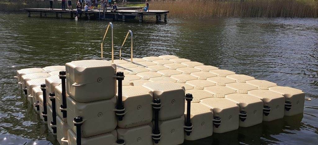 kunststoff-badeinsel-krakow-am-see