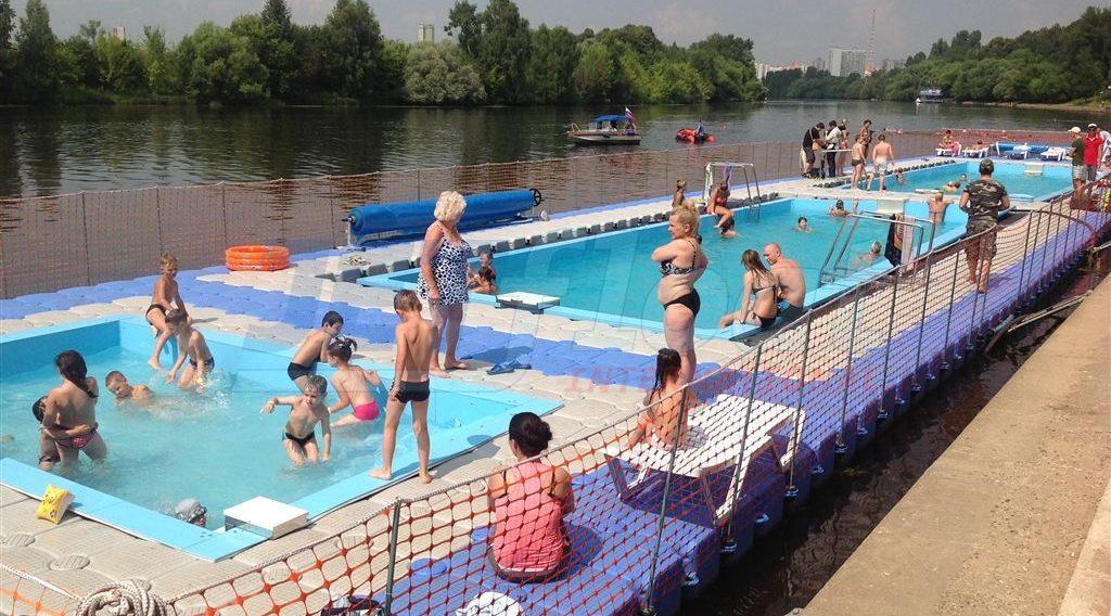 schwimmplattform-1